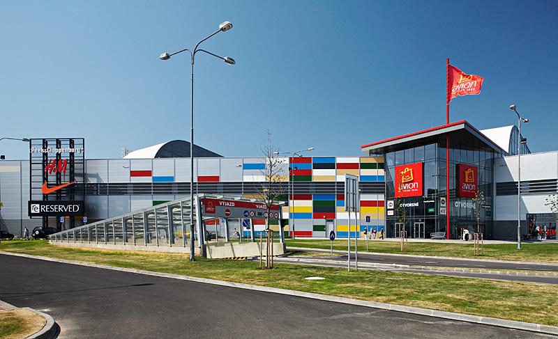923ce14d76 ... Nákupné centrum Avion v Bratislave ...